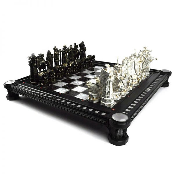 Harry Potter Finale Challenge Chess Set