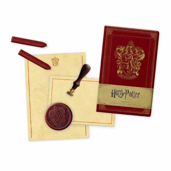 Harry Potter Gryffindor Deluxe Stationery Set2