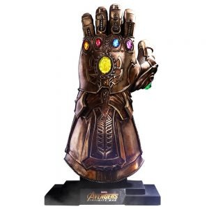 Collectable Avengers Infinity Gauntlet Replica/Prop